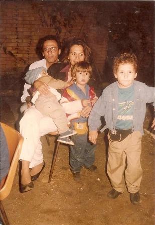 O pai, Rui, Fábio no colo da mãe e os irmãos Bruno e Caio