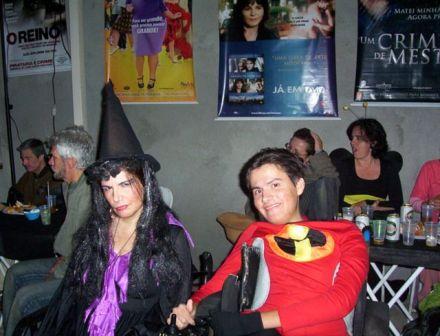 Marli e Fábio, em festa à fantasia