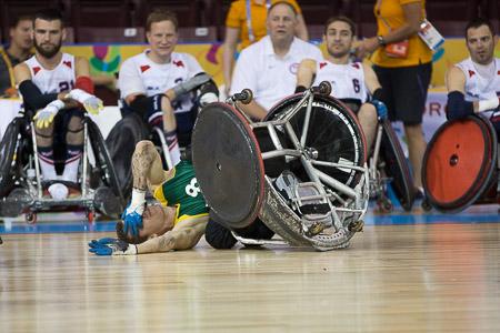 O rugbi em cadeira de rodas talvez seja a modalidade mais imagética dos jogos. É muita porrada. A equipe brasileira é novata nos jogos e com poucas chances de medalha