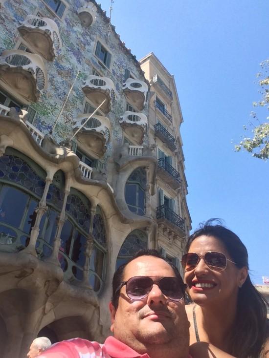 Fotinho mal tirada, mas com boa intenção, da Casa Batlló, de Gaudí