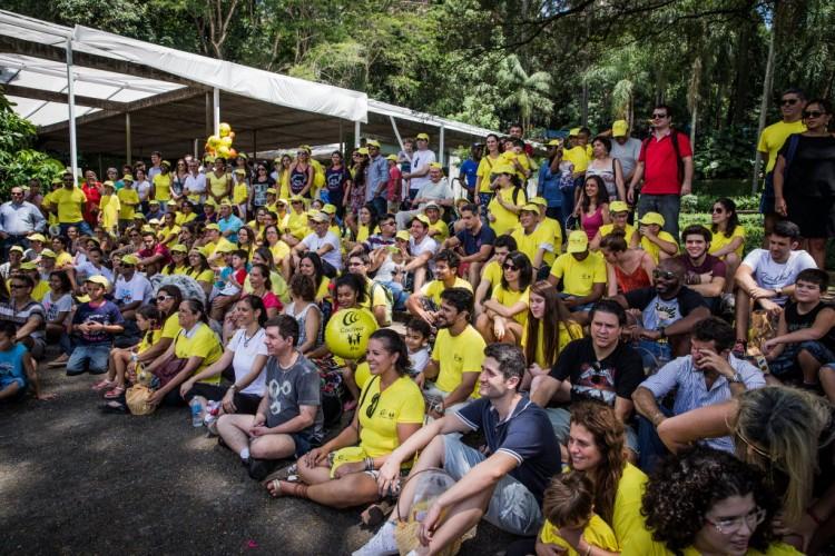 Imagem geral dos participantes do Cochlear Day de 2016, no parque Burle Marx